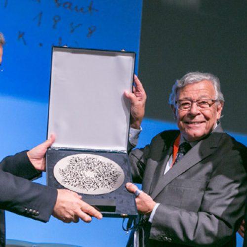 Prémio Nacional de Medicina Interna 2017 entregue a Barros Veloso