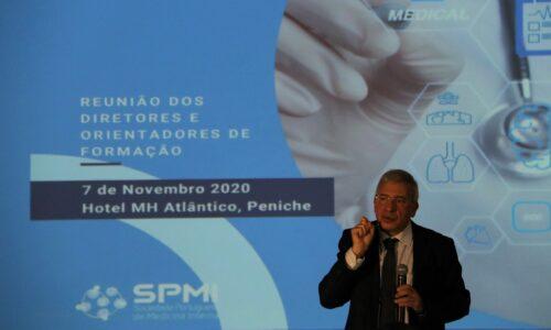 Médicos debatem sobre a diferenciação da Medicina Interna
