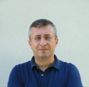 Dr. Paulo Carrola