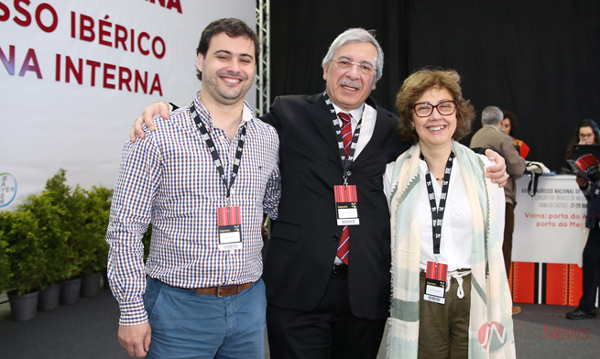 Núcleo da equipa que vai organizar o Congresso de Medicina Interna no próximo ano: João Araújo Correia com João Neves (tesoureiro) e Olga Gonçalves (secretária-geral).