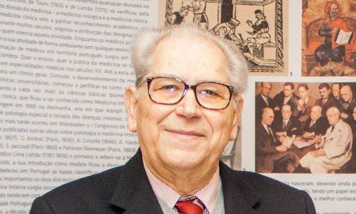 """SPMI lamenta morte de António Arnaut, """"um homem visionário"""""""